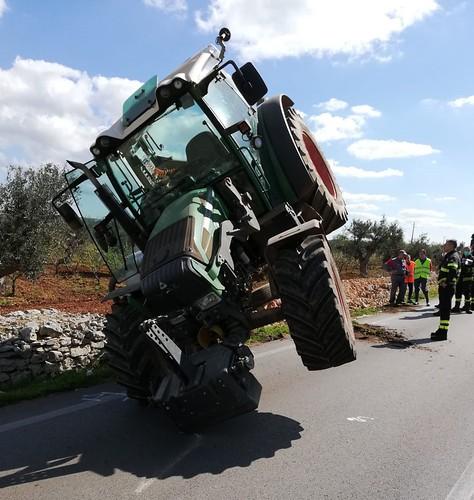 trattore incidente (1)