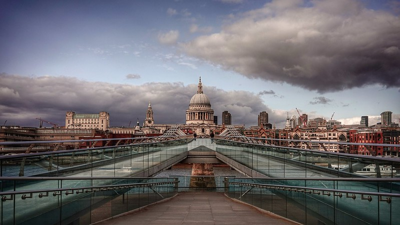 St Pauls Cathedral Millenium Bridge London