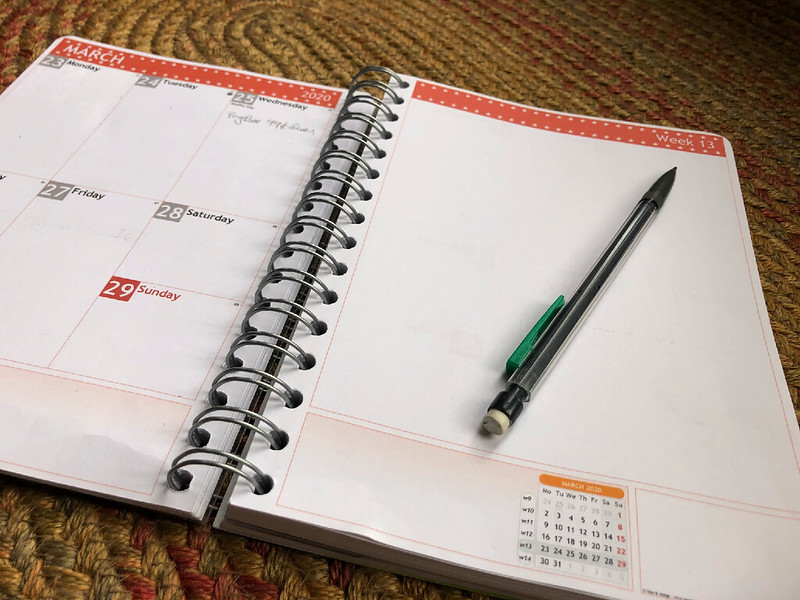 empty planner and to-do list