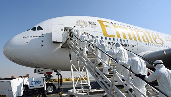 Emirates A380 sanitización DXB (Emirates)