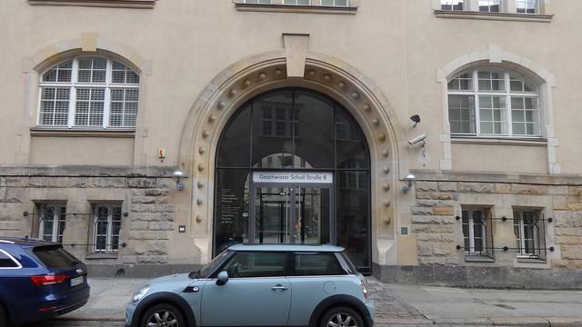 1898/19012 Berlin Rundbogen-Portal an Kaserne Kaiser-Alexander-Garde-Grenadier-Regiment in Neorenaissance von Wieczoreck/Julius Boethke Geschwister-Scholl-Straße 8 in 10117 Mitte