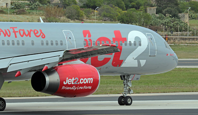 G-LSAA LMML 18-03-2020 Jet2.com Boeing 757-236 CN 24122