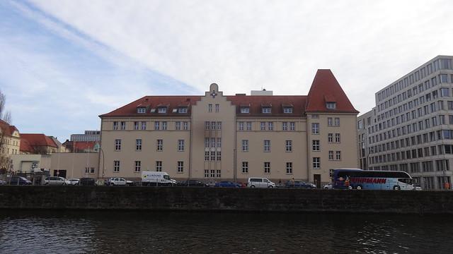 1773 Berlin Montierungs-Magazin der Königlichen Artillerie-Kaserne von Johann Boumann d.Ä. Am Weidendamm 2 in 10117 Mitte