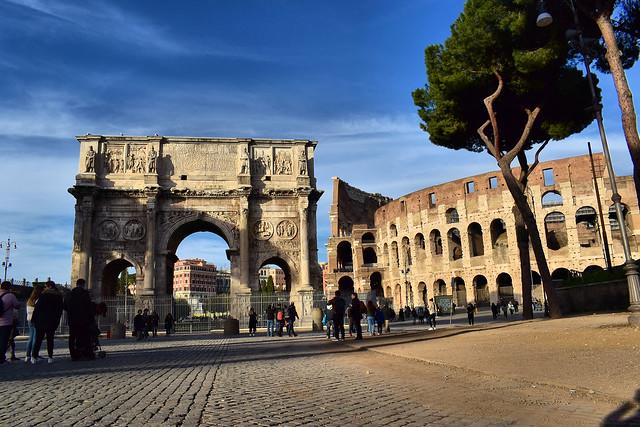 Piazza del Colosseo Roma