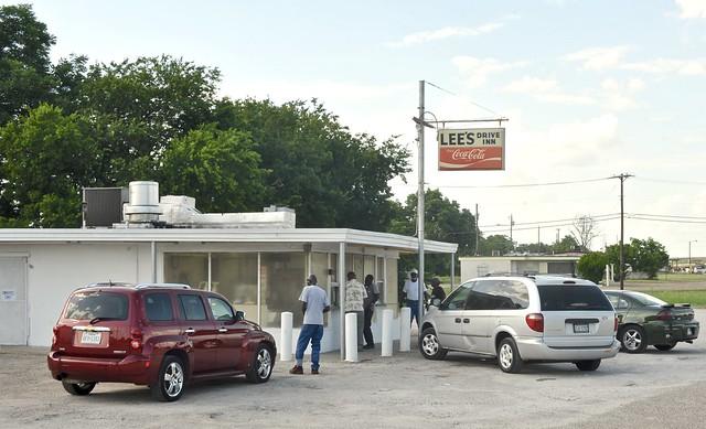 Lee's Drive Inn - Waco, Texas