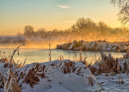 sunrise dawn daybreak water lake mist trees snow landscape colorado rockymountainarsenalnationalwildliferefuge lakeladora ladoralake landscapes