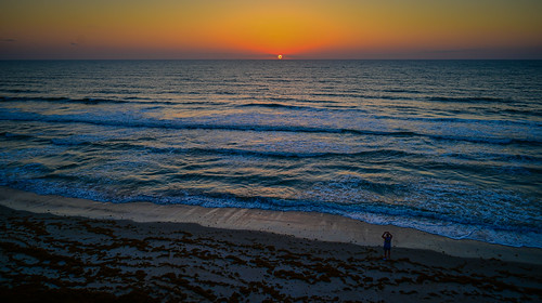 satellitebeach florida unitedstatesofamerica sunrise over atlantic ocean satellite beach fl sun water dawn morning surf shore coast orange yellow