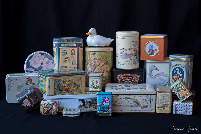 La mia collezione di scatole di latta, my collection of tin boxes