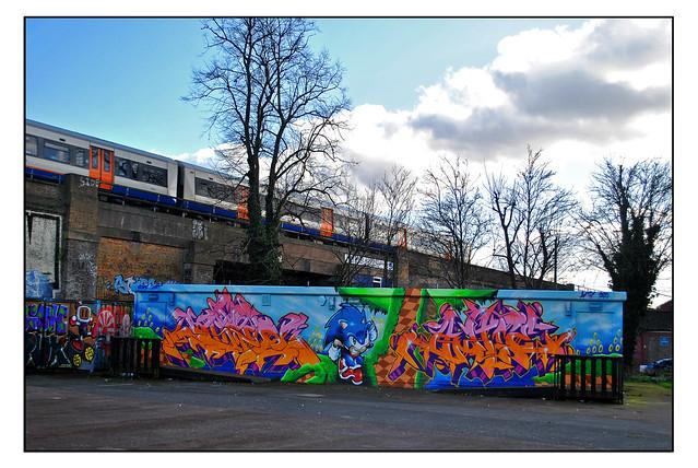 LONDON STREET ART by ANTE LTD & SHINEQUEST