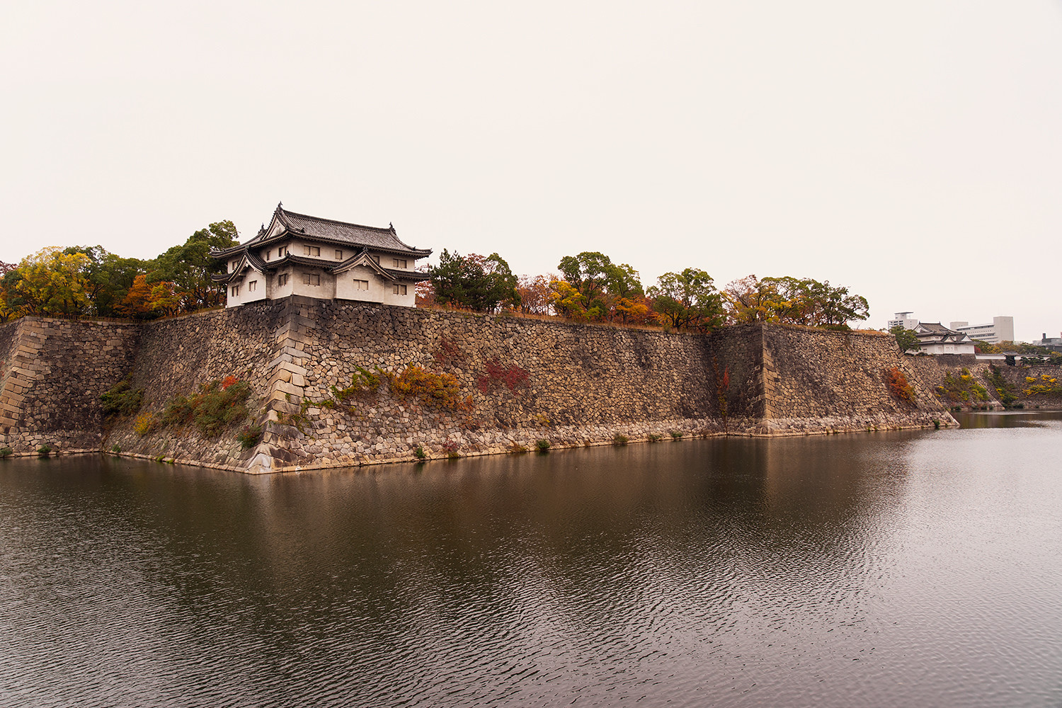 05osaka-castle-moat-japan-travel