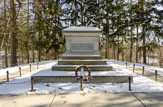 Grave - President Rutherford B Hayes and Lucy Webb Hayes