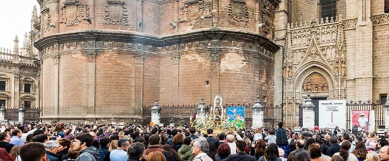 Procesión_de_la_Inmaculada,_Sevilla,_España,_2015-12-06,_DD_132