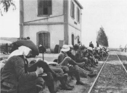 Sejed-train-station-jewish-students-from-germany-spring-1913-aed-1