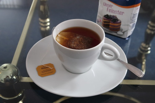 Letzter Rooibos Karamell Tee auf unserem Hotelzimmer