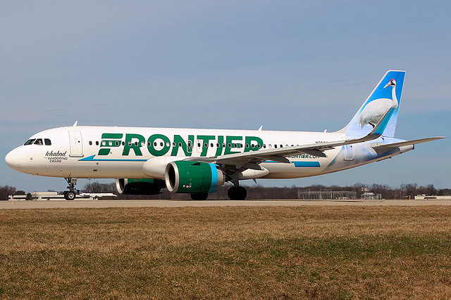 Frontier A320neo taxis at Cleveland