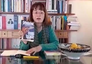 """Elena Gagliasso presenta il libro """"Sopravvivere in un pianeta infetto"""""""