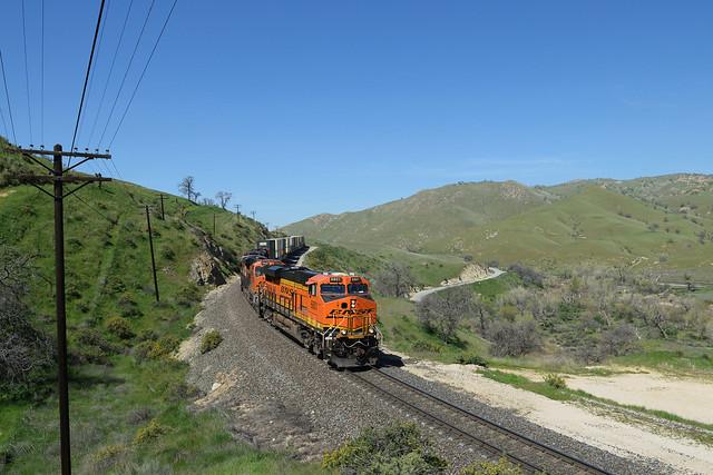 BNSF 6801 at Caliente