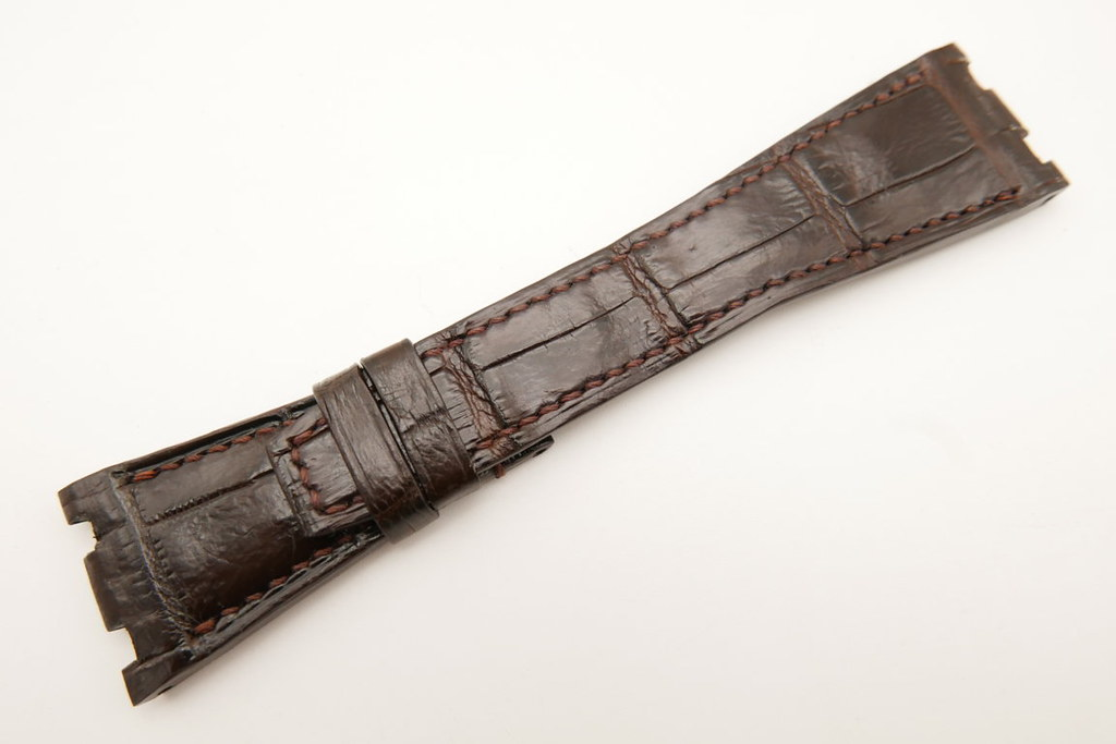 P1610704 (FILEminimizer) | by Ziczac Leather