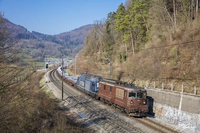 Re 425 190 + Re 465 002 / Schinznach Dorf