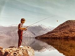 Lago Mascardi #bariloche. Año 1984 posiblemente. Foto tomada por mi viejo con una Asahi Pentax. Estaba pescando con cucharita y tenía los permisos de temporada de parques nacionales :grinning: Equipo de pesca regalado por mi tío Ricardo :grinning: #yomequ