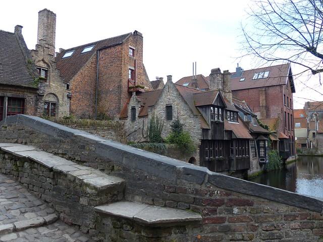 Bonifaciusbridge: the well known side