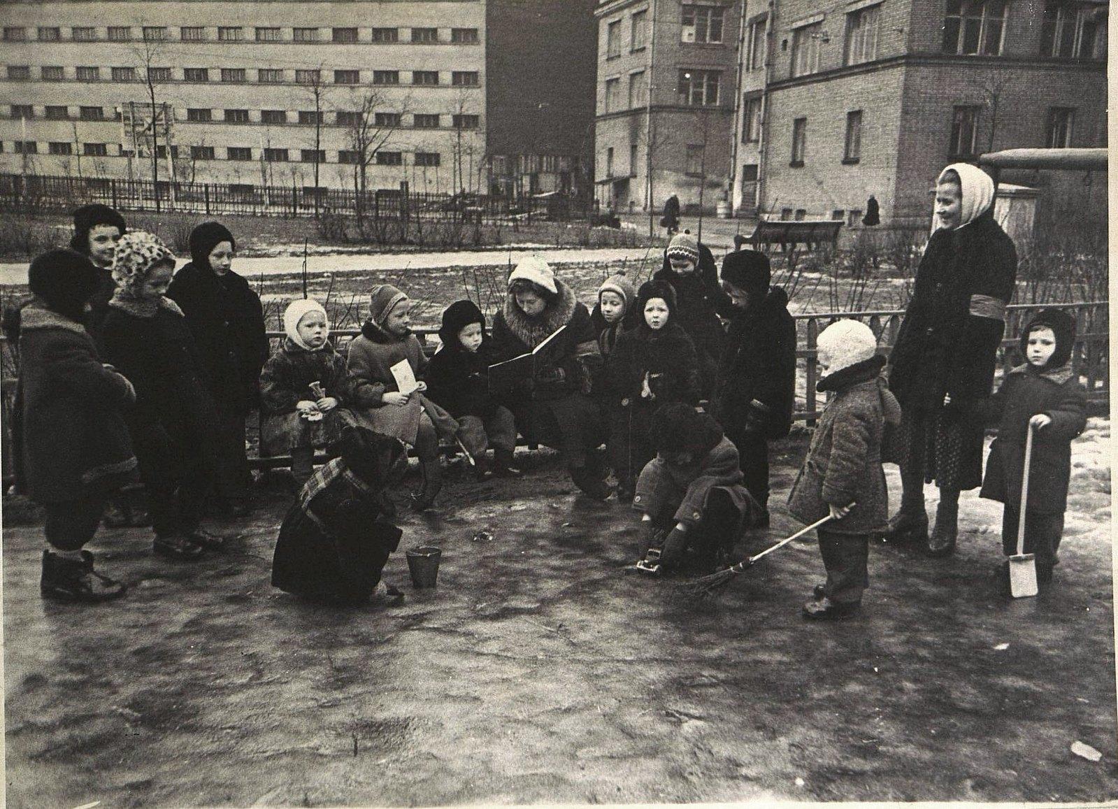 17. Прогулочная группа зимой