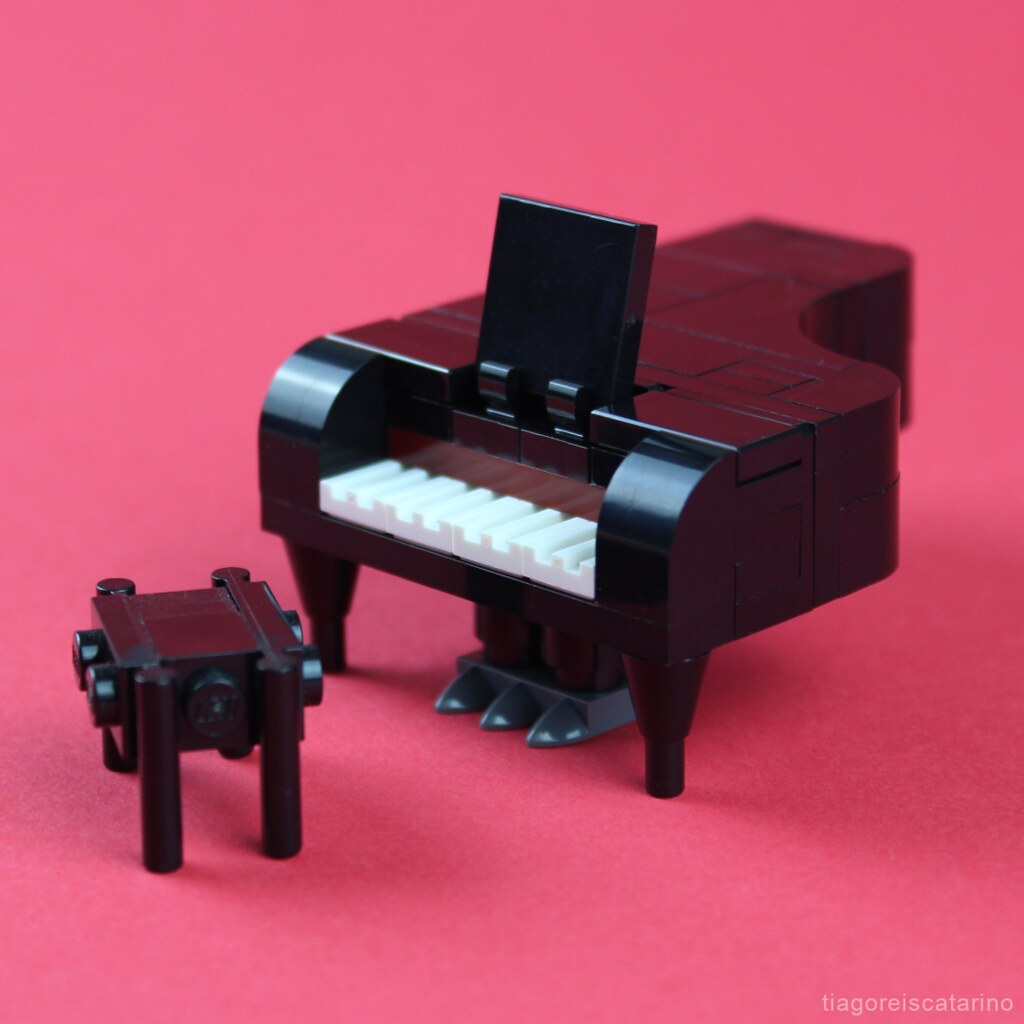 LEGO Grand Piano Instructions
