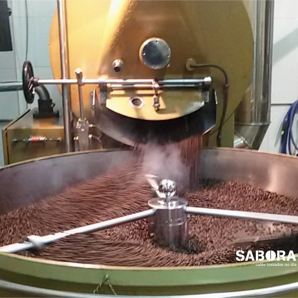 Chilled processing in coffee roasting