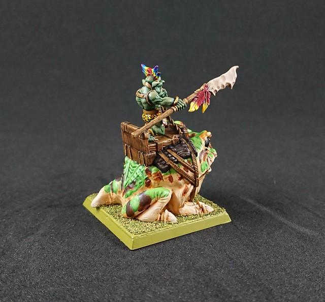 Jodri Forest Goblin Chieftain riding Blubber-Nugget: Side