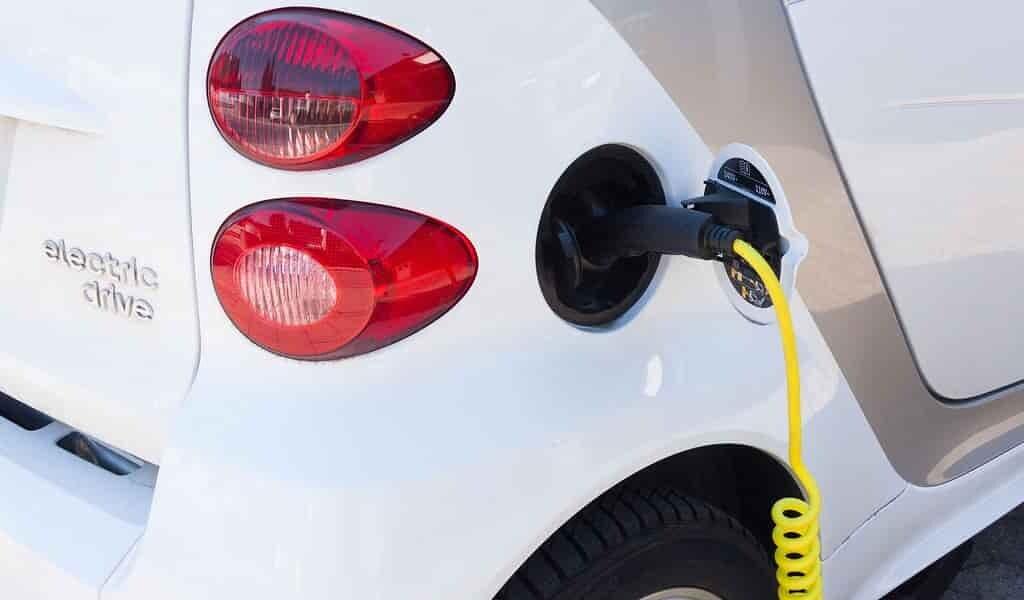 les-voitures-électrqiue-sont-plus-écologiques