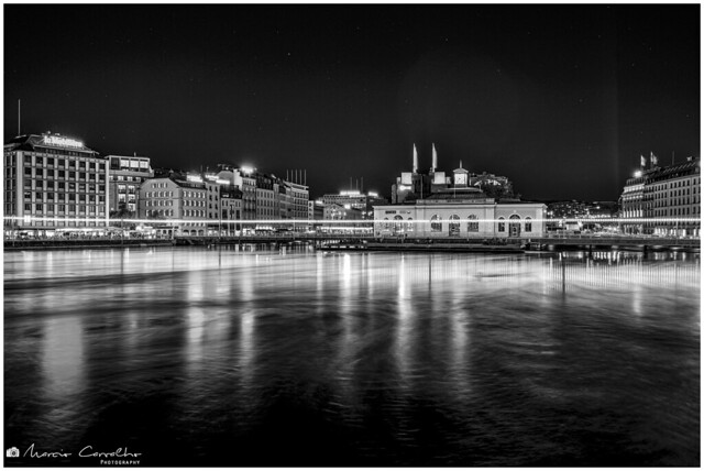 My lovely Geneva - Pont de la Machine - Cité du Temps - NZ6_2391 b&w