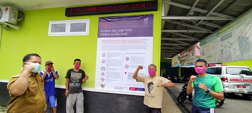 Dukungan sosialisasi teman-teman Gada Membaca dengan pemasangan spanduk di titik-titik strategis seputar bahaya Covid 19 di Kawali.