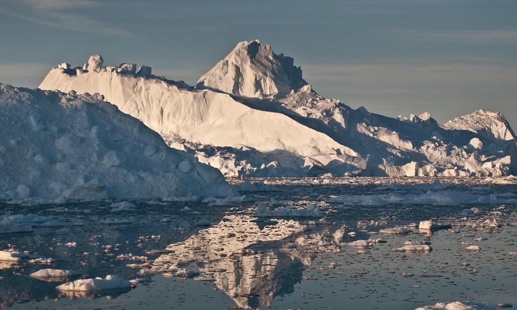 氣候變遷導致格陵蘭冰川溶解,科學家分析海平面將升高2.2公釐。(圖片來源:Ian Joughin/IMBIE)