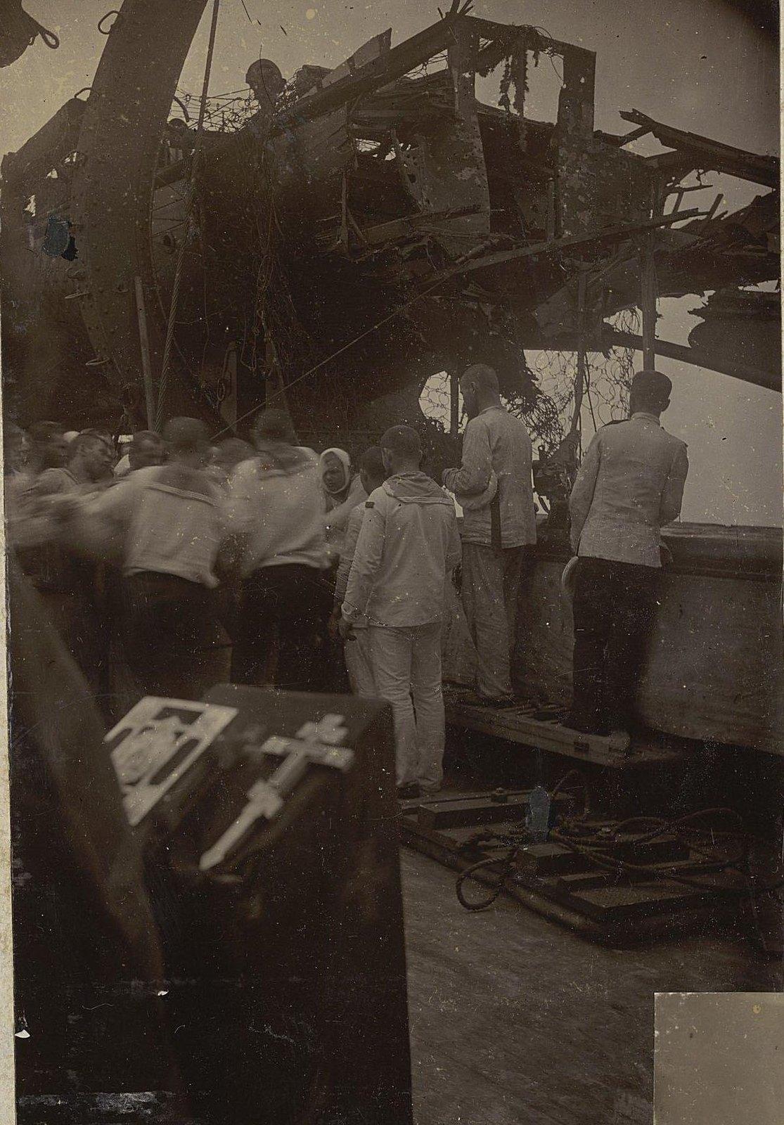 Похороны погибших на 'России' в море 2 августа 1904 г.