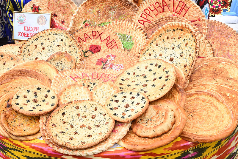 Иштирок дар Иди асал, нон ва картошка дар шаҳри Хуҷанди вилояти Суғд  24.03.2020