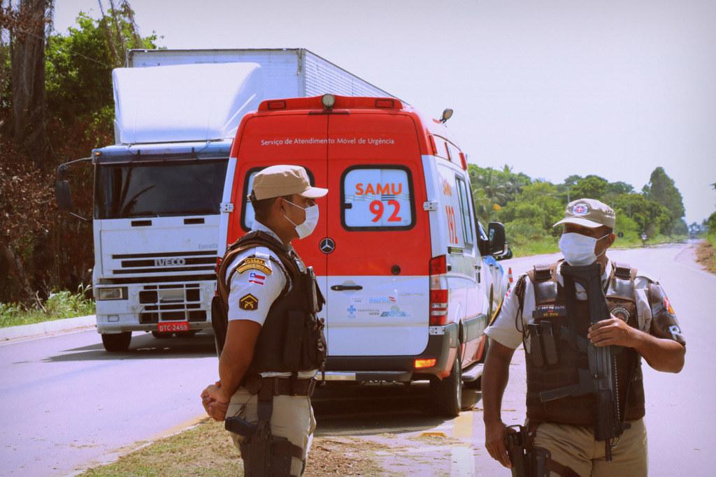 Bloqueio na entrada de acesso de Caravelas (9)