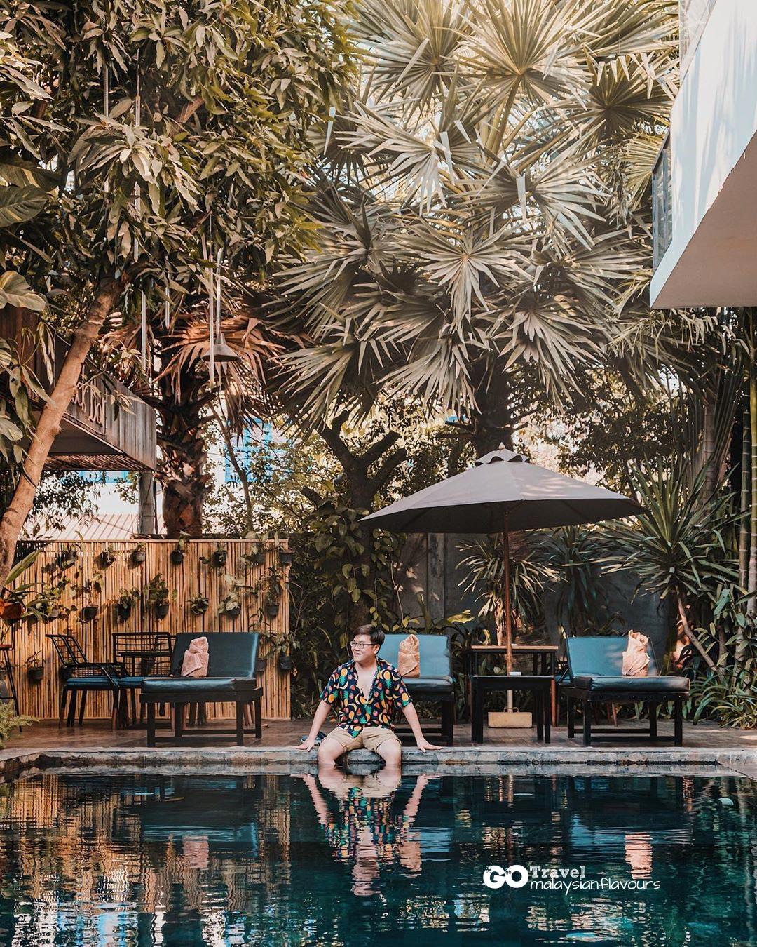 swimming-pool-portrait