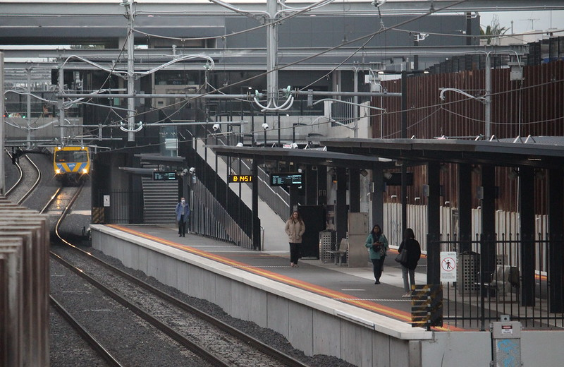 Bentleigh station, peak hour 25/3/2020