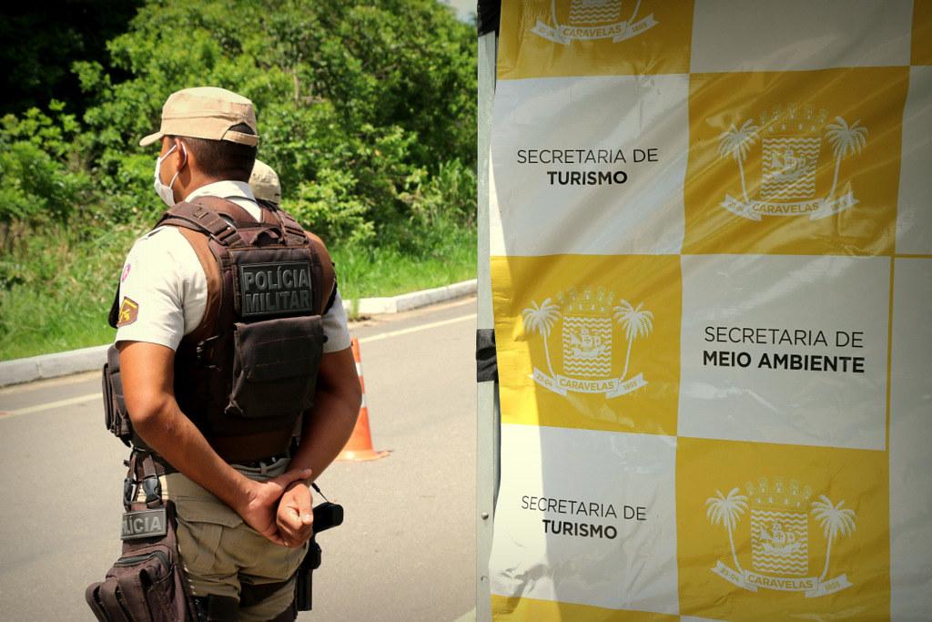 Bloqueio na entrada de acesso de Caravelas (6)