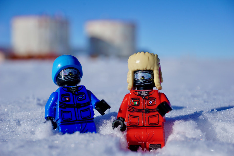 Minifigs.me In The Antarctic