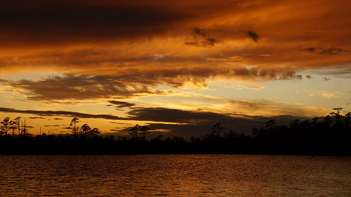 clouds cloudscape cloudsstormssunsetssunrises sunset spectacularsunsetsandsunrises sunsetsandsunrisesgold sony sonyphotographing sonya58 northcarolina northwestcreek fairfieldharbour