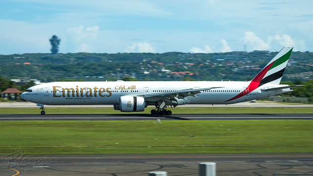 A6-ECL - Emirates - Boeing 777-36N/ER
