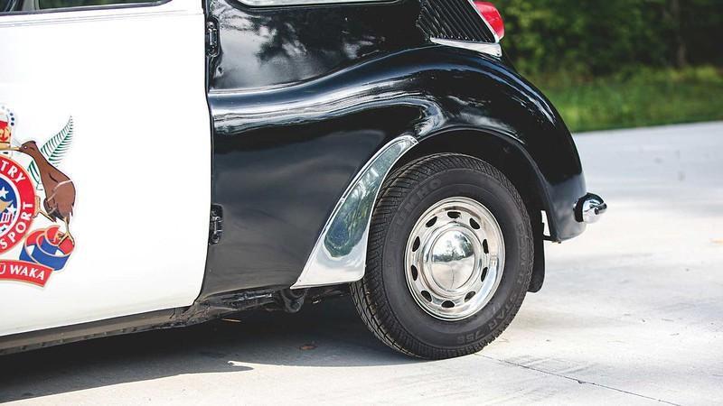 subaru-360-police-car (1)