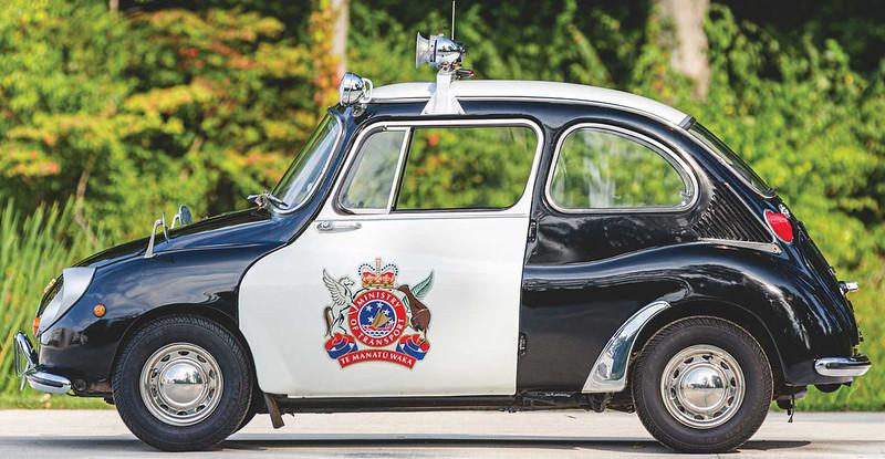 subaru-360-police-car (12)
