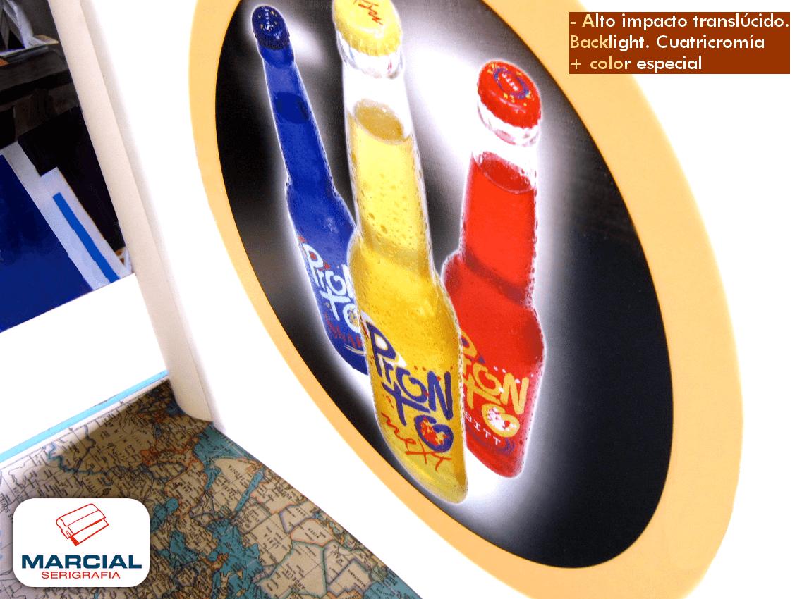 """Serigrafía sobre alto impacto pai translúcido, impresión backlight a 4 colores + 1 color especial y apto para termoformar (termoformado x calor) de la bebida """"Pronto"""" impreso por Marcial Serigrafia."""