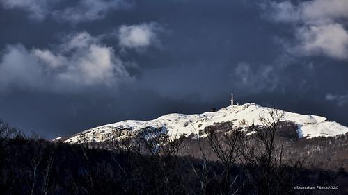 guslica planina platak rijeka primorskogoranska croatia landscape teškioblaci snijeg vrhplanine heavyclouds snow topofthemountain