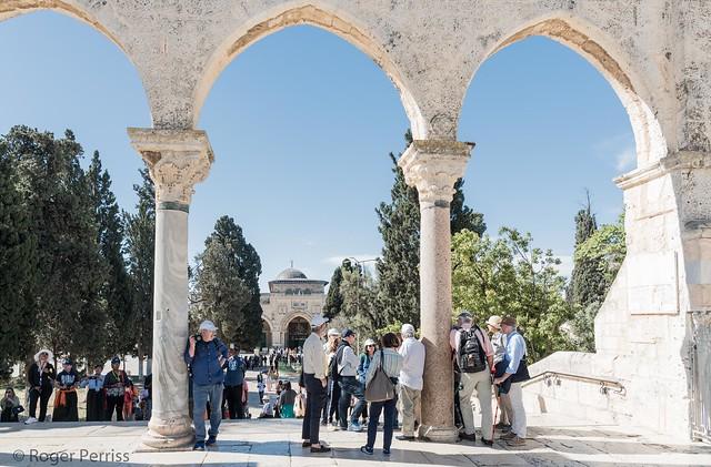 Temple Mount looking towards El Aksa Mosque, JERUSALEM_DSC_4187_LR_2.5