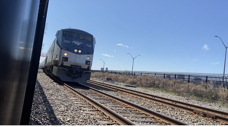 Amtrak P32AC-DM #706 at 125 St