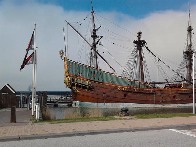 De replica van de Batavia | Bataviawerf in Lelystad