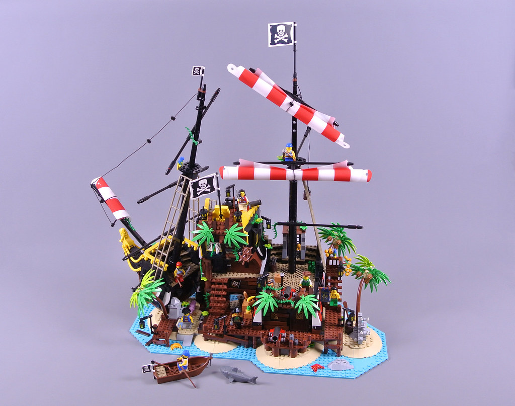 LEGO Ideas 21322 Pirates of Barracuda Bay review